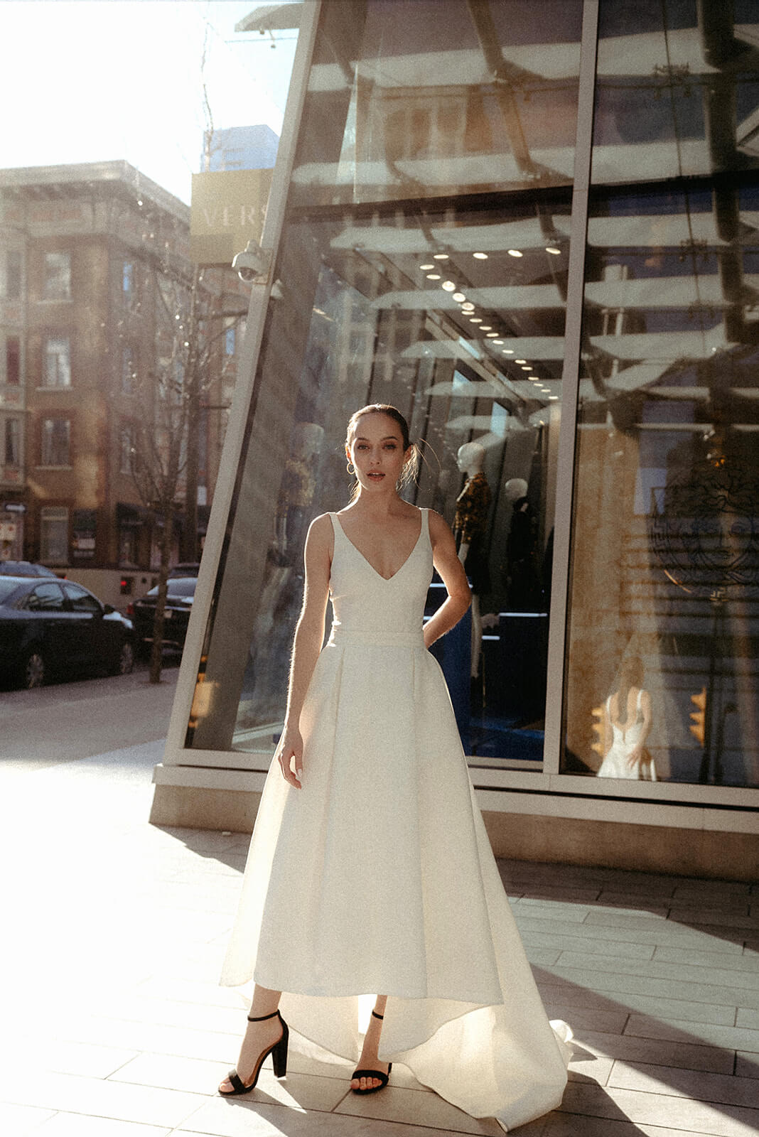 Vogue_inspired_urban_bridal_inspiration_Shoot_Vancouver_Downtown11291306587813